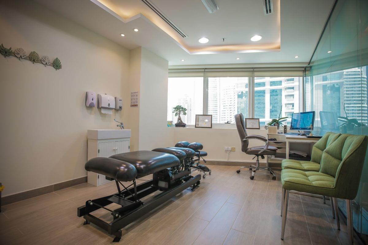 Best Chiropractor in Dubai Franklin
